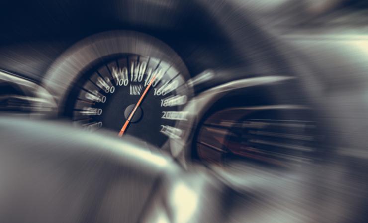 データ処理速度を爆速にするアルゴリズム最適化の例